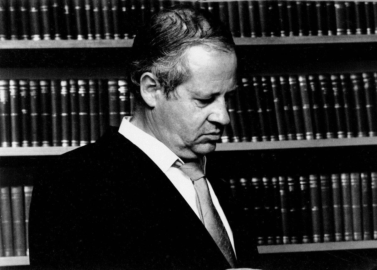 Klaus Heinrich Bibliothek